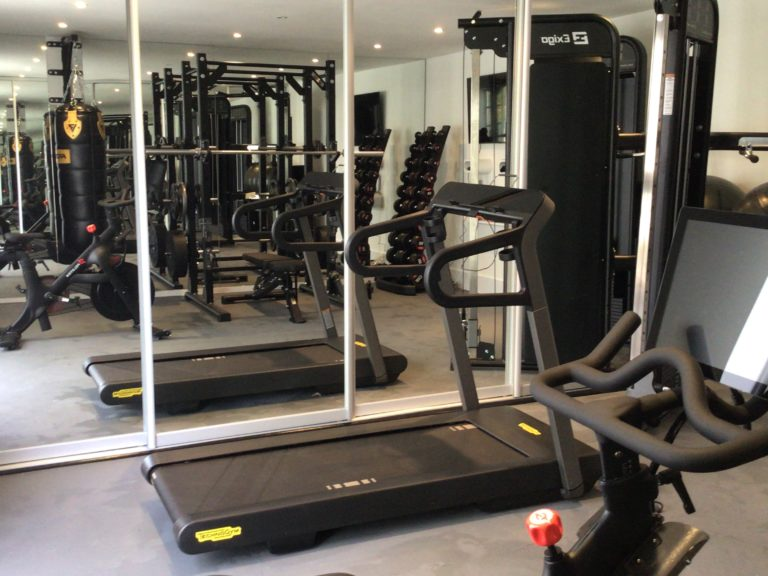 GARAGE GYM FIT OUT IN BERKHAMPSTEAD